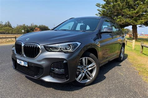 auto review  bmw  sdrived exhaust notes