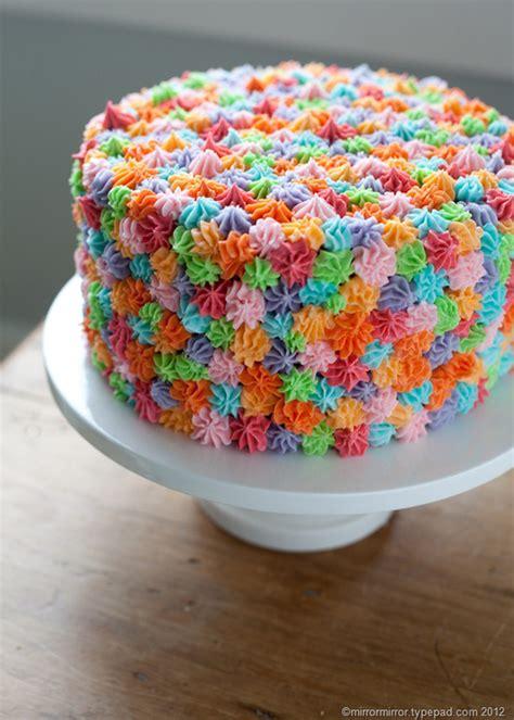 easy ways to decorate a cake at home una idea muy sencilla para decorar una tarta