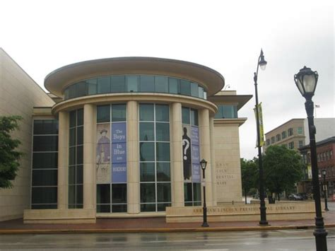 museum picture of abraham lincoln presidential library