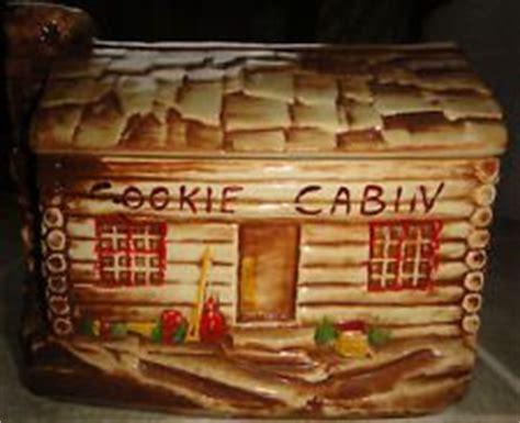 Mccoy Log Cabin Cookie Jar by Mccoy Pottery Cookie Jars And Log Cabins On