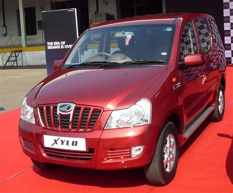 indian car mahindra xylo indian car images wallpaper snaps pictures