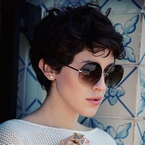 oval shaped face curly haircuts for regular people 50 best curly pixie cut ideas that flatter your face shape