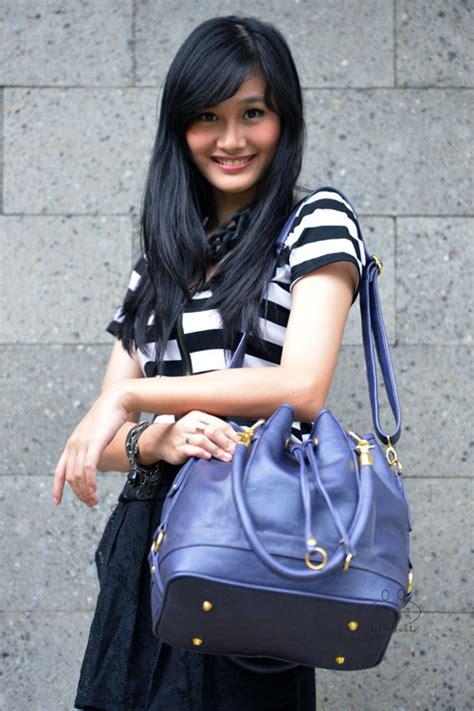 Tas Serut Korea B7431 Blue 1 grosir tas wanita terbaru model selempang serut