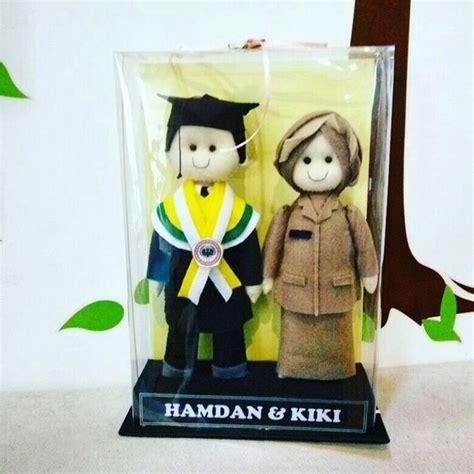 tutorial membungkus kado boneka tanpa kardus boneka couple profesi guru kado wisudaku