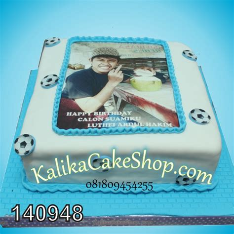 Hiasan Kue Ulang Tahun Dengan Bola Bola Kecil Warna Warni Dari Plastik gallery kue ulang tahun