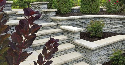 rivercrest wall walls verticals pavers retaining