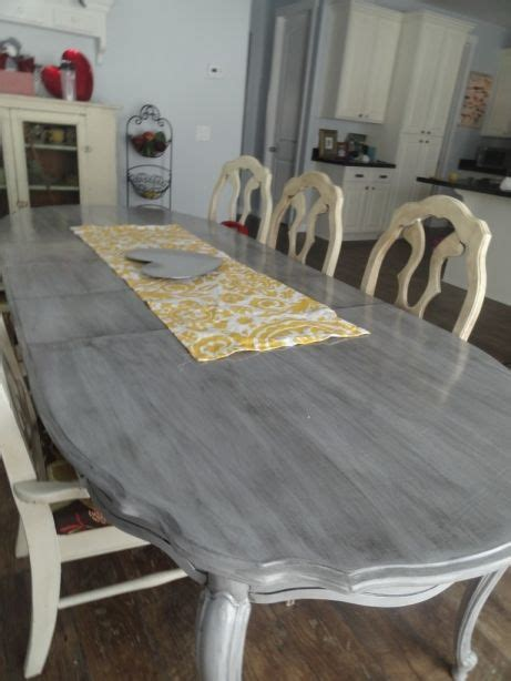 kitchen table refinishing ideas best 25 painted kitchen tables ideas on pinterest chalk