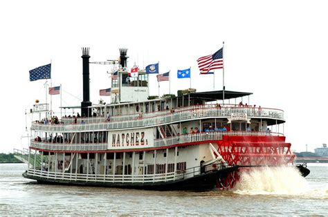 steam boat restaurant christmas and new year s eves aboard the steamboat natchez