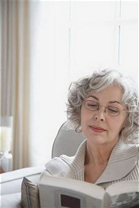 seniors with silver hair 139 best images about hairstyles for seniors on pinterest