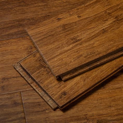 Chip: Brushed Amber Stiletto Strand Bamboo Floor