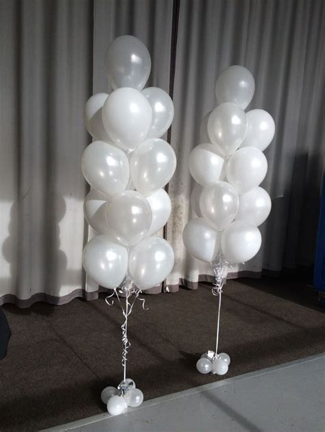 Large 13 balloon arrangements in Pearl (metallic) and