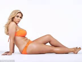 frankie essex strips down to her bikini for unflattering shoot as