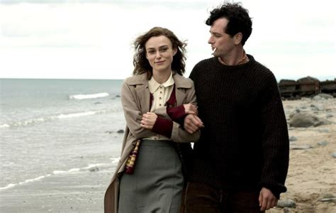 film on dylan thomas cineplex com the edge of love