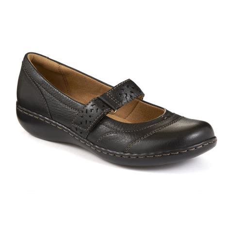 buy clarks embrace casual flat shoe with