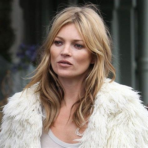 Kate Moss Cuts Bangs Em Or Em by Best 25 Asymmetrical Hairstyles Ideas On