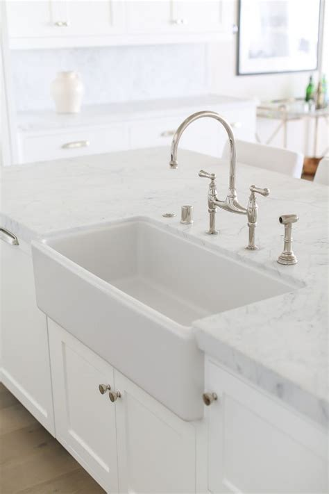 kitchen faucets for farm sinks best 25 honed marble ideas on pinterest