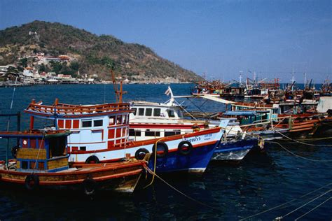 fishing boat for rent in bahrain ko si chang thailand lonely planet