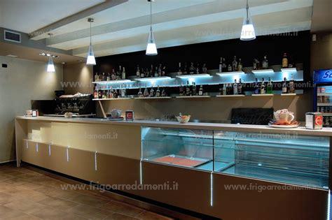 illuminazione per bar illuminazione bancone bar idee creative di interni e mobili