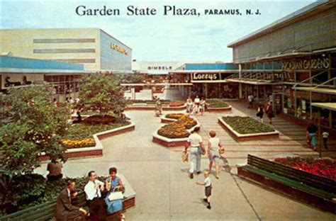 Garden State Plaza Build A Malls Of America Vintage Photos Of Lost Shopping Malls