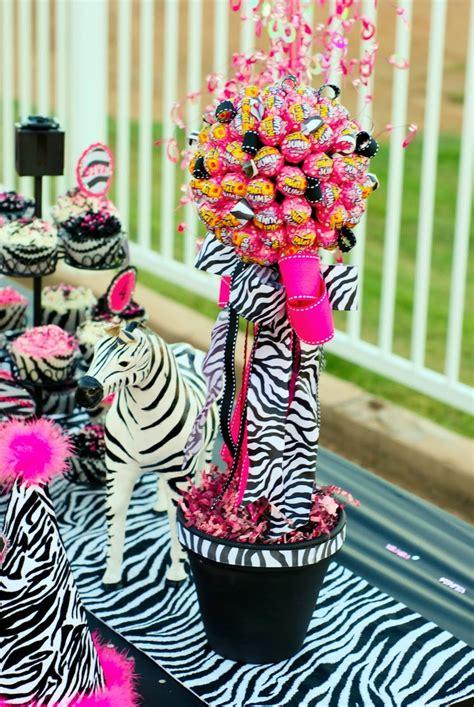 Decorating Ideas Zebra Print Birthday Decoraci 243 N 15 A 241 Os Animal Print Imagui