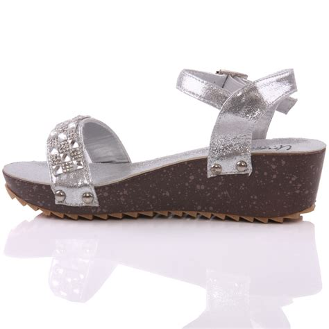 Sendal Wedges 13 Unze Acron Wedge Fashion Sandals Uk Size 1 13 Silver
