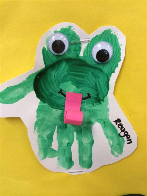 frog crafts for frog handprint toddlers preschool daycare