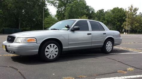 repair anti lock braking 2006 ford crown victoria free book repair manuals sell used 2006 ford crown victoria p71 nice in kenilworth new jersey united states for us