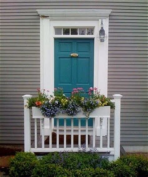 Front Door And Shutter Colors Medium Gray House With Turquoise Door I Of This White Trip Gray Or Black
