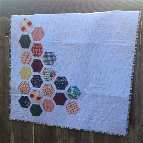 Kerrville Quilt Shop by Hexagon Wall Hanging Hexagons Made Easy Free Motion
