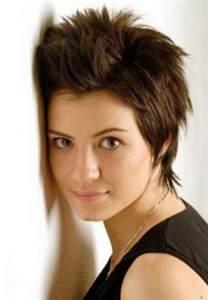 photo hair cut oval with high cheek bones kumral siyah kısa sa 231 modelleri 2012 bakımlı kadın
