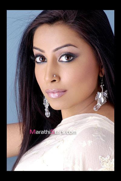 biography of film kranti 17th august 1982 kranti redkar born film bio