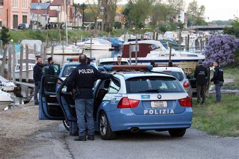 volanti polizia inseguimento da per le vie di mestre corriere veneto
