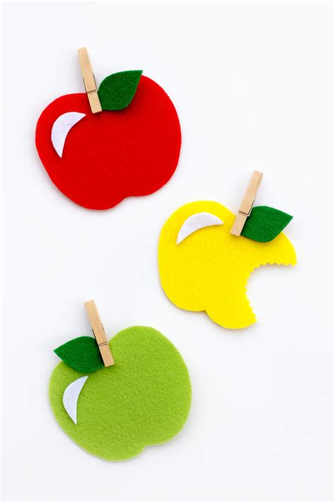 apple craft for sweet and simple felt apple craft