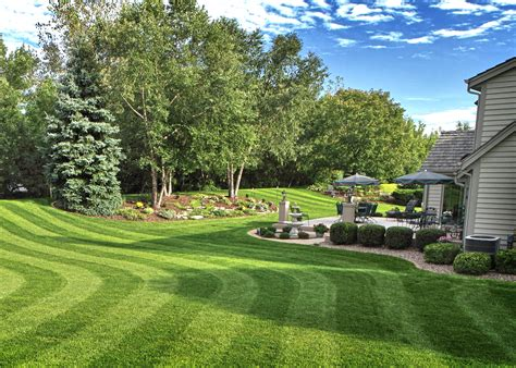 Lawn Care Services Pittsburgh Pa Professional Lawn Lawn Landscape