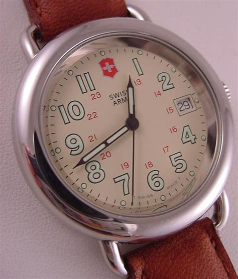 Nice Vintage Swiss Army Men's Cavalry Watch 1996