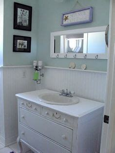 cottage style bathroom accessories beadboard wanescoating ideas on wainscoting