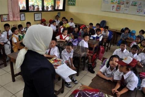 Lu Belajar Di Gramedia prinsip manajemen kelas xch