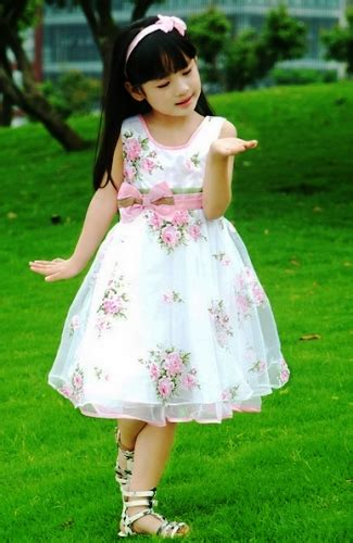 Dress Anak Terbaru Baju Ulang Tahun Anak Murah Baju Pesta Anak model baju pesta anak perempuan inspirasi model baju