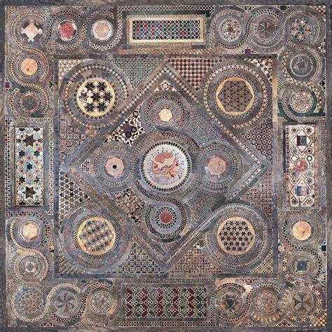 pavimenti stati porfido rosso serpentino verde giallo antico e marmo