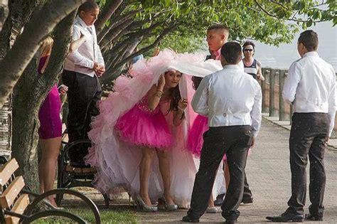 donne e bagnate nozze bagnate la foto giorno corriere della sera