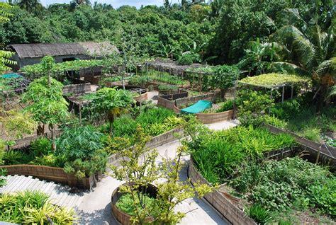 edible gardens la