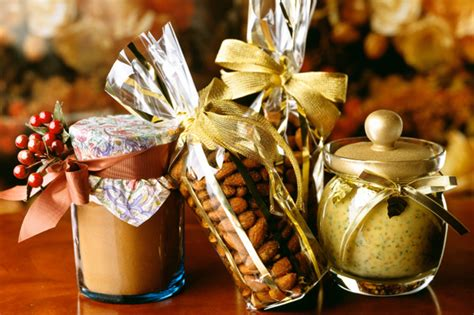 how to make culinary gift baskets