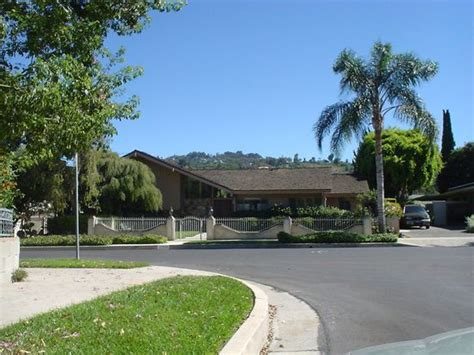 brady bunch house address the brady bunch house zillow