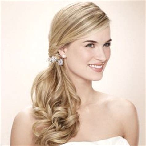 Side Ponytail Hairstyles by Best Trendy Side Ponytail Hairstyles