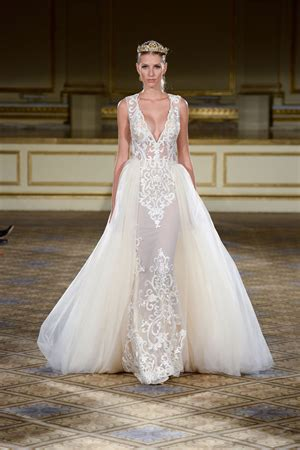 Beautiful Bridal Gowns by Beautiful Wedding Dresses Wedding Guide