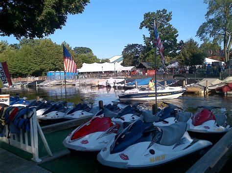 boat rentals on lake geneva leatherlips watersports rentals 22 reviews boating