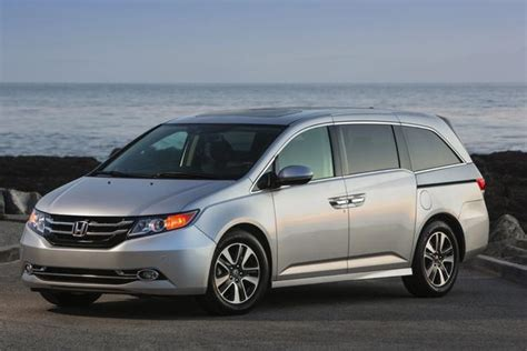 2015 Honda Odyssey Review by 2015 Honda Odyssey Used Car Review Autotrader