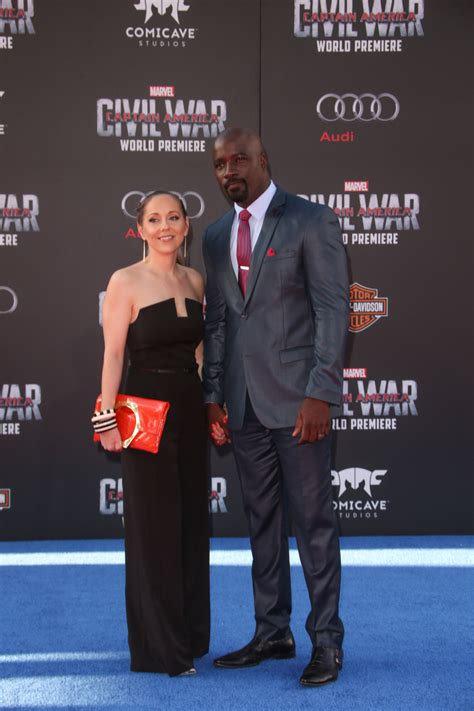 mike colter and family star of luke cage mike colter defends marrying outside