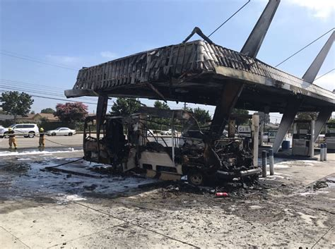Garden Grove Gas Station Blaze Torches Garden Grove Gas Station Mobile Home 171 Cbs