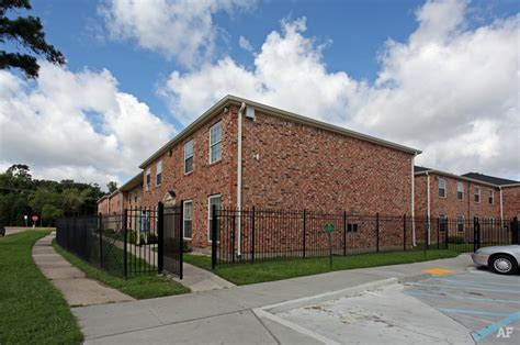 section 8 housing new orleans forest park apartments new orleans la apartment finder